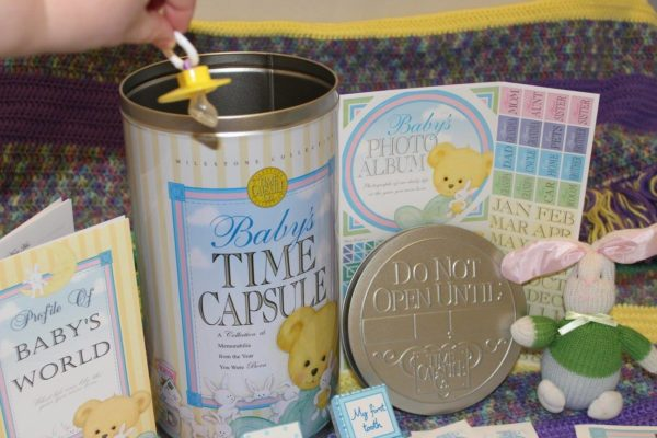 What to Include in a Time Capsule - Baby Time Capsule