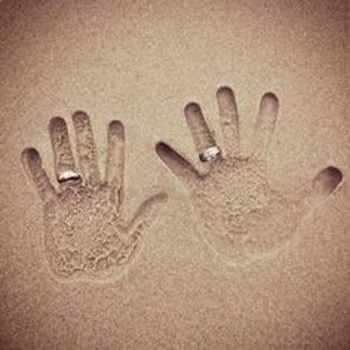 Beach Wedding Ideas - Hand prints in the Sand