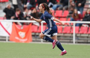 Malena Ortiz marca su primer gol como profesional