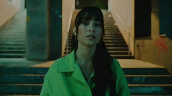 """Imagen de Aitana Ocaña durante el videoclip de """"Ni una más"""""""