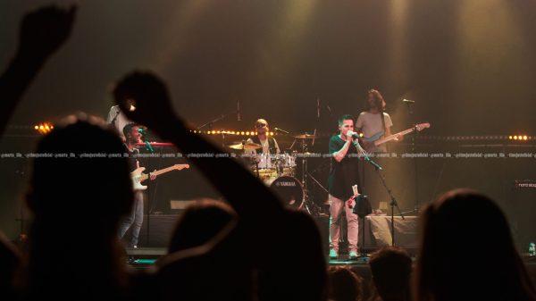 El grupo Stay Homas durante su concierto en el Coliseum de Barcelona/ Fuente: Marta Illa