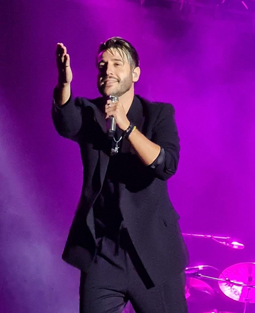 Antonio deleitó a los presentes con canciones de «Antídoto» pero también de su primer álbum/