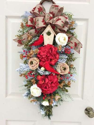 Wreaths & Swags