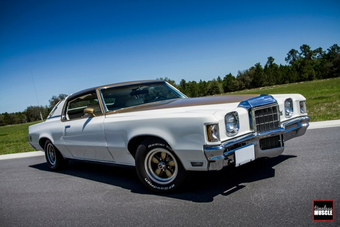 """A Hurst Grand Prix offered three options when it came to the wheels. All of the GPs headed to Hurst wearing Rally II steel wheels, but you could order 14- or 15-inch American Racing 200S """"coke bottle"""" wheels in combos of 4 or 5, 14- and 15-inch Cragar SS wheels in combos of 4 or 5, or go with Pontiac's honeycomb wheels."""