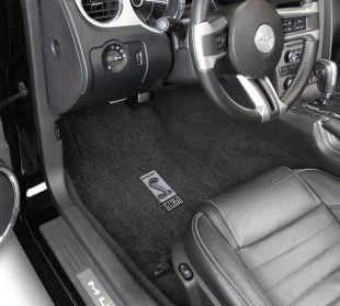Lloyd Mats Adds New Gt350 Logos To Its Full Line Of Shelby Licensed Floor Mats - Shelby Sidemarker in Car 1965 - 70 & 2013 - 14