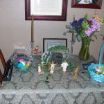 Easter at the Huntsmans.  The closest that we have been able to come up with for an Easter version of the Nativity!