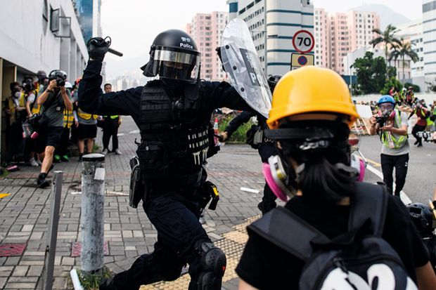 Hong Kong historian witnesses dictatorship on the doorstep | Times Higher Education (THE)