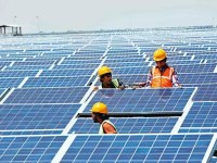Solar Tariff In India Tumbles To New Record Low of 0.04$, Making It Cheaper Than Fossil-Fuel Generated Power