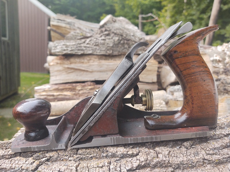Cut away views of Bailey type bench planes