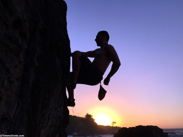 Bouldering In Hawaii North Shore Of Oahu