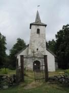 Kassari kabel. Värav on viltu, kirik on viltu ja torn on üritatud otseks ehitada :-)