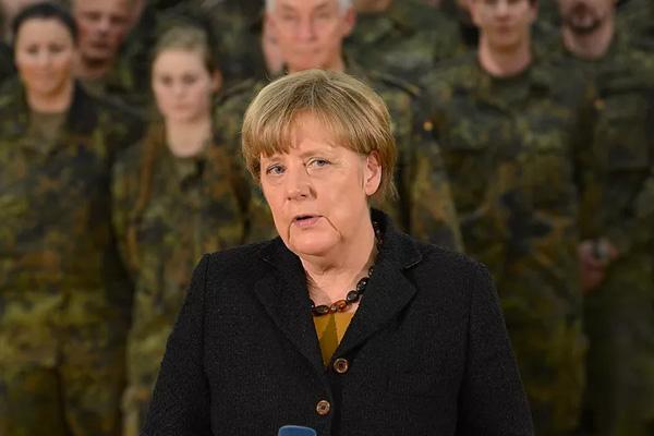 Almanya'dan 'Avrupa ordusu' için sessiz adım