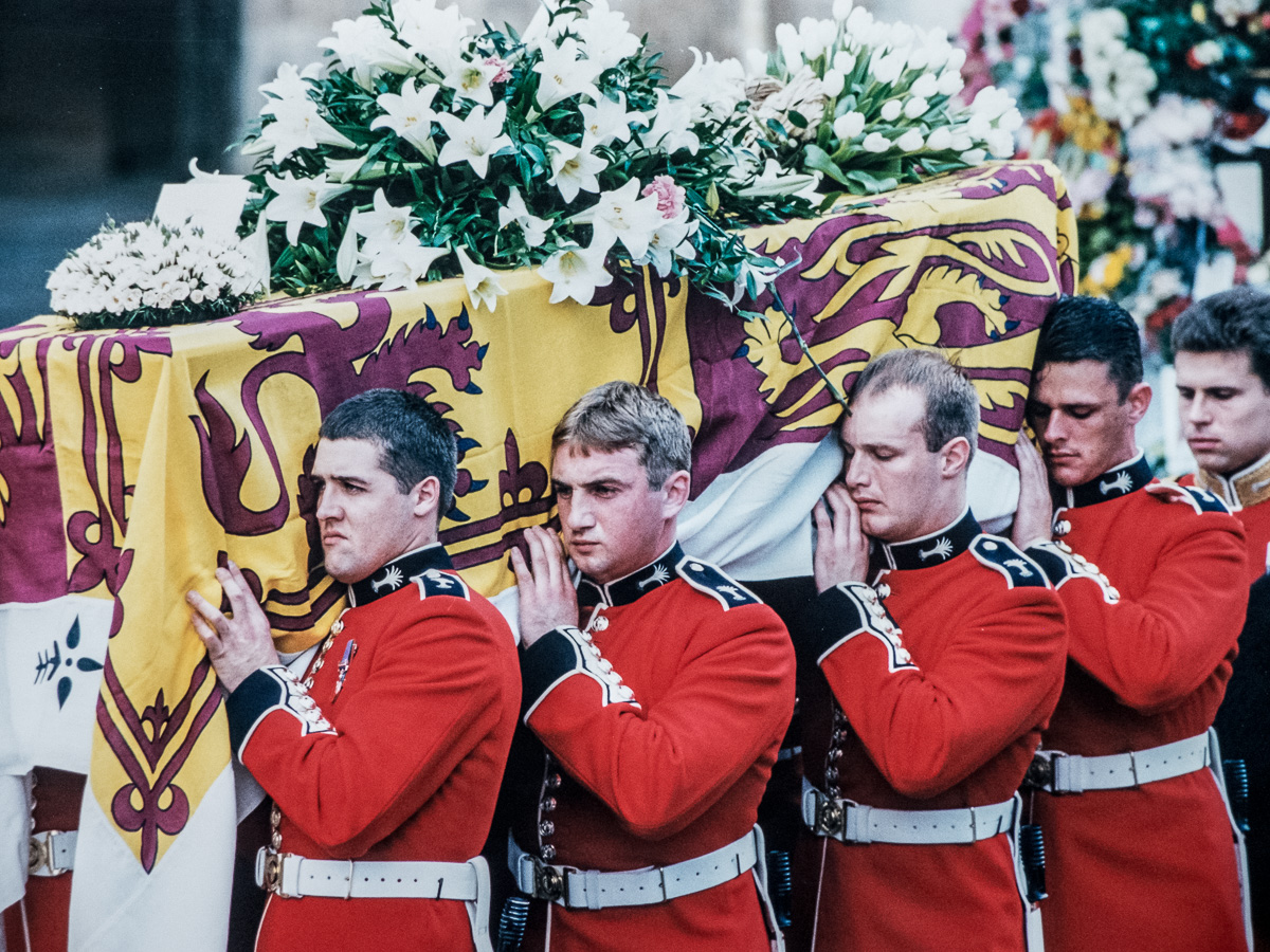 Members of the Welsh Guards carry Princess Diana's coffin