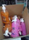 20 flacons de savon liquide antibactérien (500 ml chacun)