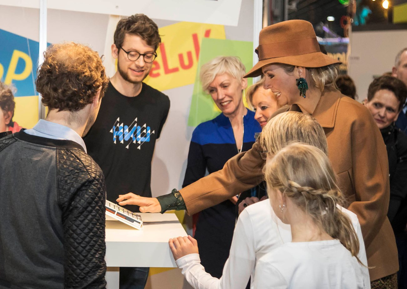 Queen Maxima playing our project Otomori. photo: Jaarbeurs