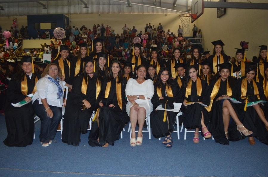 Realiza Silvia Estrada último pase de lista a alumnos de CECyTEM