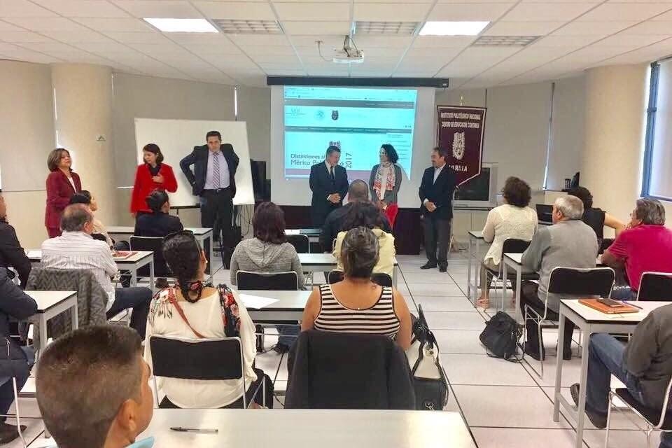 Inicia Cobaem proceso de certificación para docentes de inglés