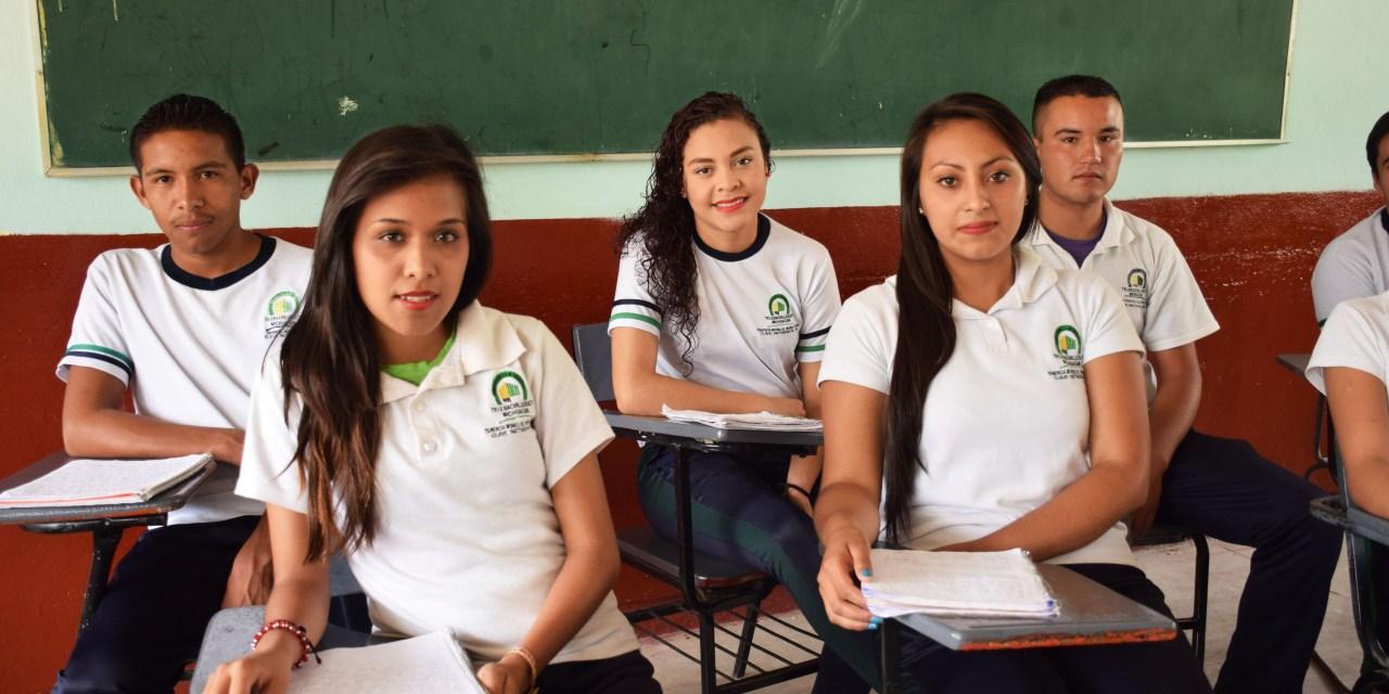 El Telebachillerato Michoacán apoya a jóvenes a transformar sus vidas