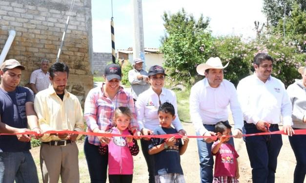 Gobierno del Estado suma esfuerzos para desarrollo de municipios: Julieta López