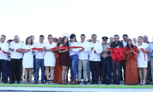 Inaugura Adrián López el Nuevo Recinto Ferial de Apatzingán