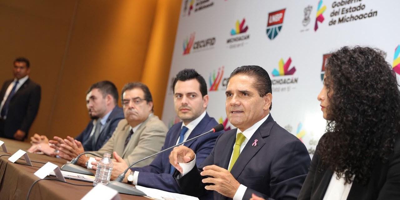 Michoacán tendrá equipo de basquetbol profesional, anuncia Silvano Aureoles