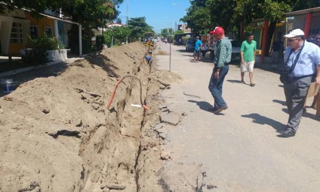 Continúa paralizada obras en Playa Azul que presumió Armando Carrillo con inversión histórica