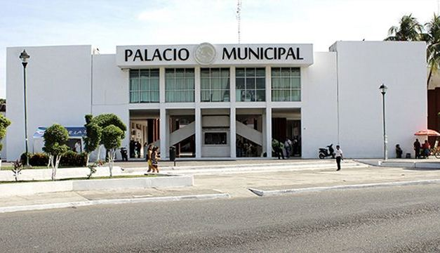 Conjuran huelga en el ayuntamiento de LZC