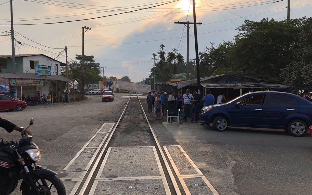 Marcha CNTE el viernes sigue paro indefinido y repliegue en las vías del tren en el estado