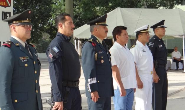 Jóvenes inician adiestramiento en el Servicio Militar