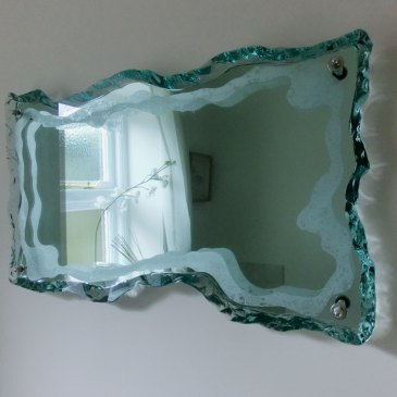 Mirror Decorative Glass Sculpture