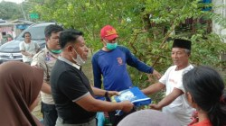 Wakil Bupati Butur Berikan Bantuan Kepada Korban Terdampak Banjir di Kulisusu Barat