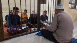 Sosok Aipda Ismail, Polisi Polres Kolaka Utara Ajarkan Tahanan Ilmu Agama