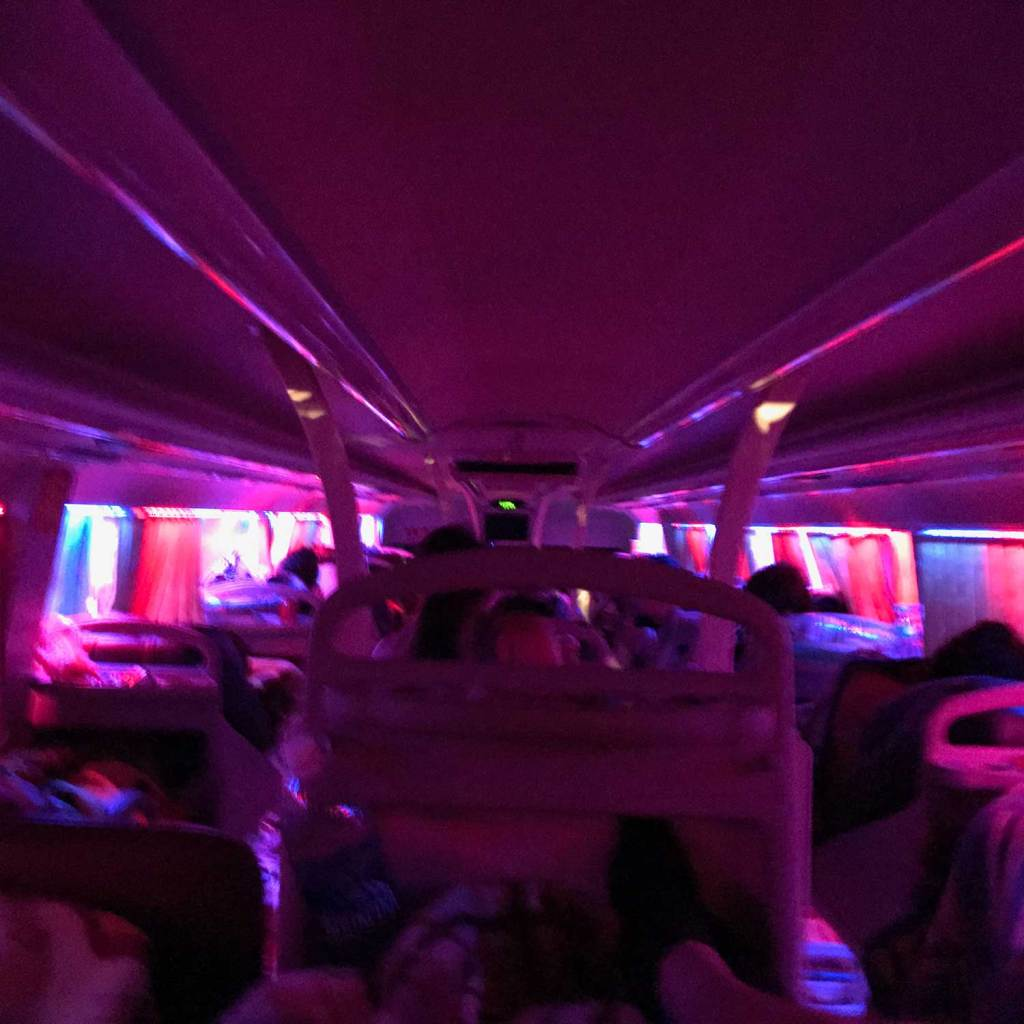 Sleeperbus by night