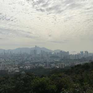 hong-kong-lion-peak-skyline