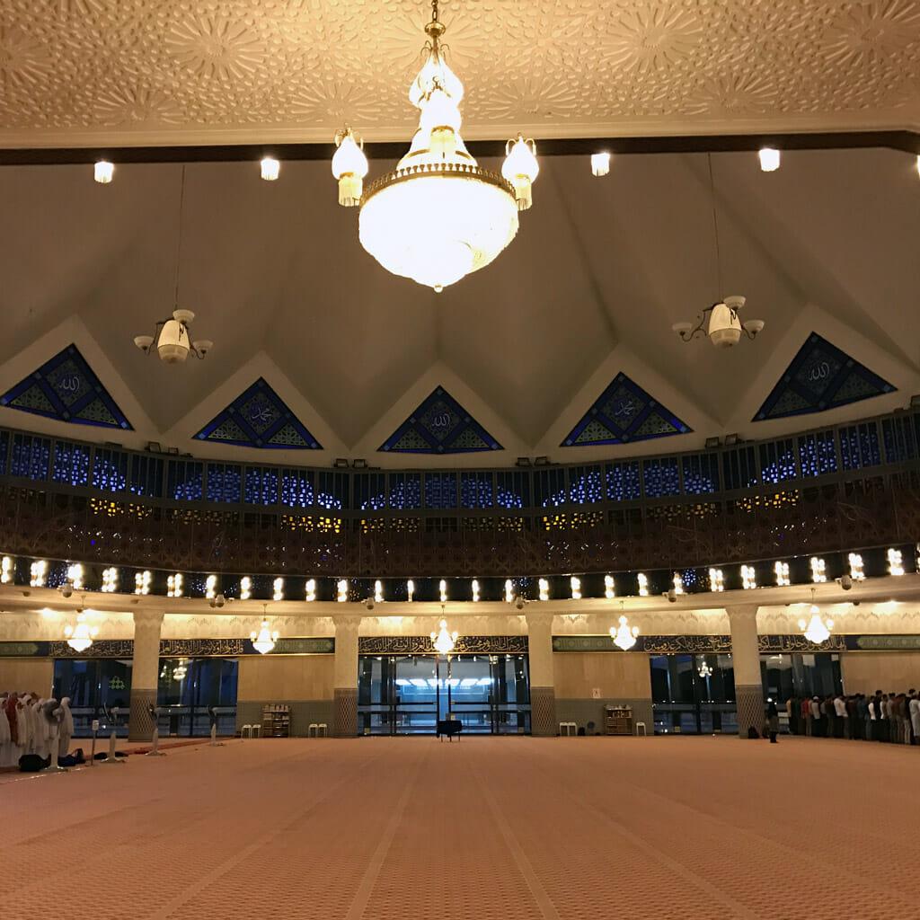 Kuala-Lumpur-National-Mosque-02