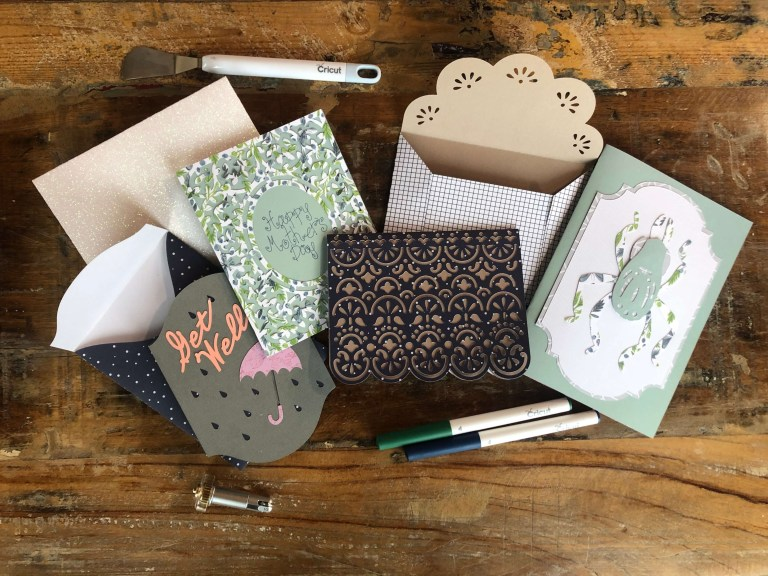 easy cards to make with your cricut maker or explore air 2
