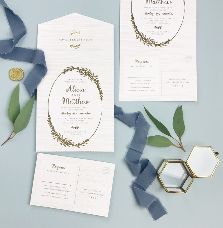 these epic wedding invites dont come with envelopes