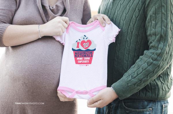 Richmond-Woodlake-Winter-Maternity-Nationals-Onesie-Photographer (16)