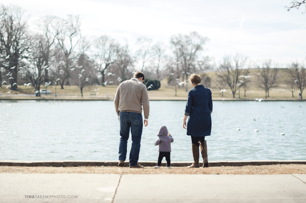 Richmond-RVA-Family-Photography-Session-Byrd-Park-Winter-Baby-Seagulls-Fountain-Lake-12