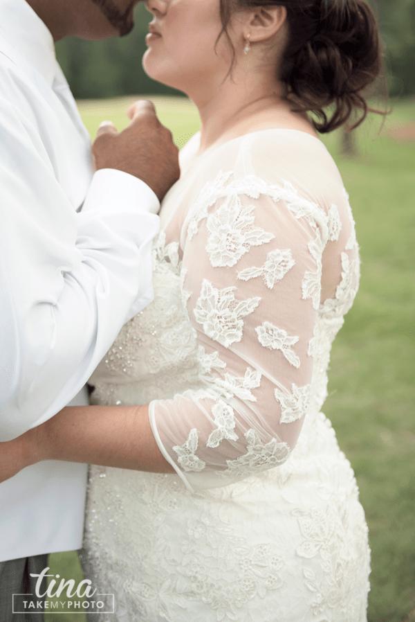 wedding-photographer-bride-groom-portrait-summer-brandermill-country-club-virginia-lace-dress-2