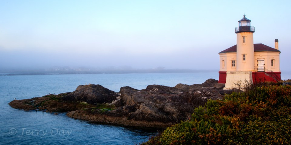 Coquille River Lighthouse at Dawn