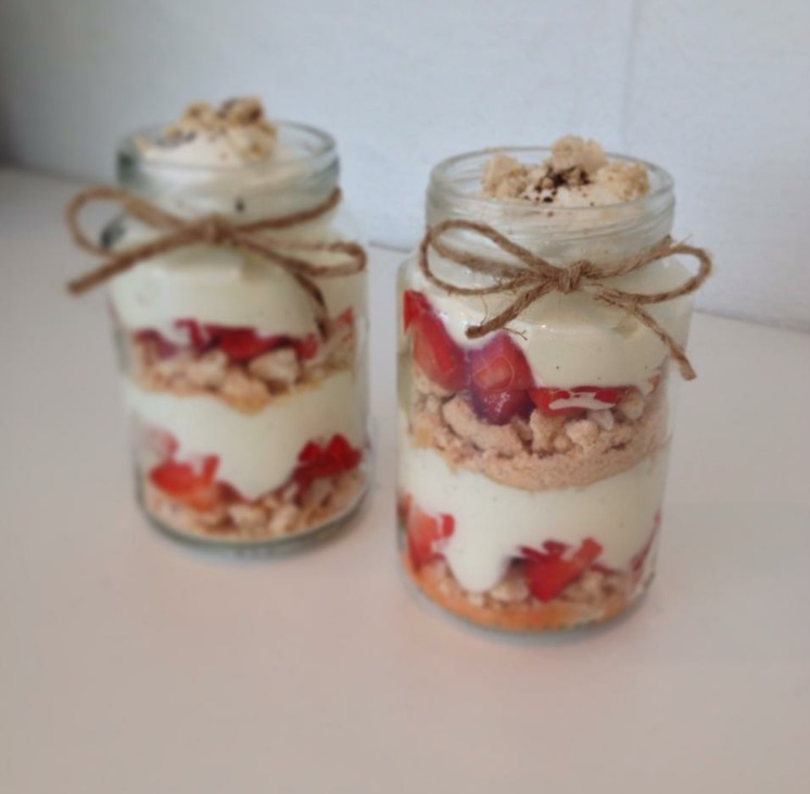 Jordbær trifli