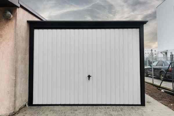 metal garage 3x5