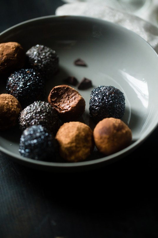 Truffle hunting tour in Provence