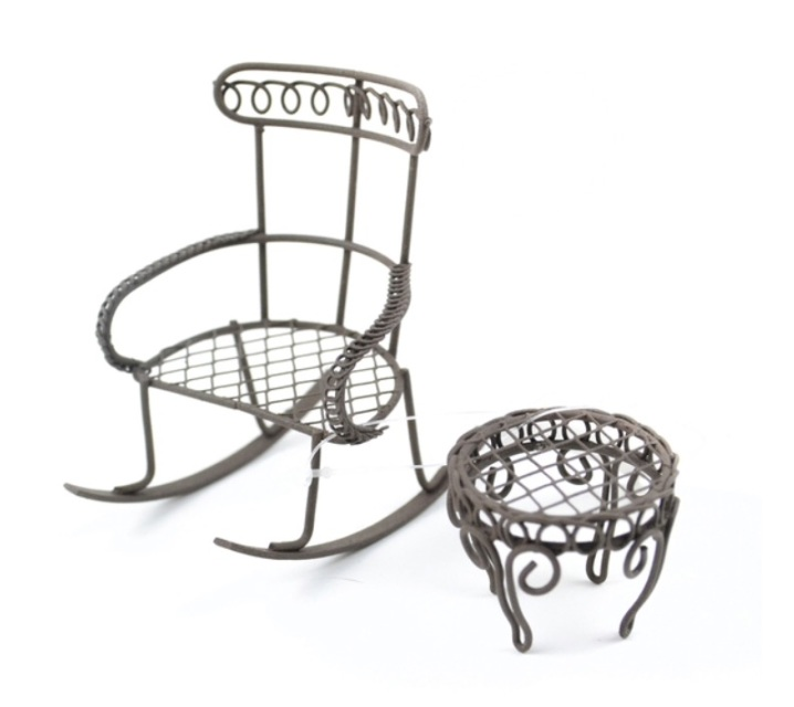 Miniature Wire Rocking Chairs w/ Table in Rustic Brown