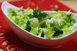 karfiolový šalát s avokádom