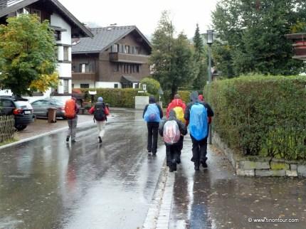Anstatt mit Sonnenschein wurden wir mit Regen begrüßt (2011)