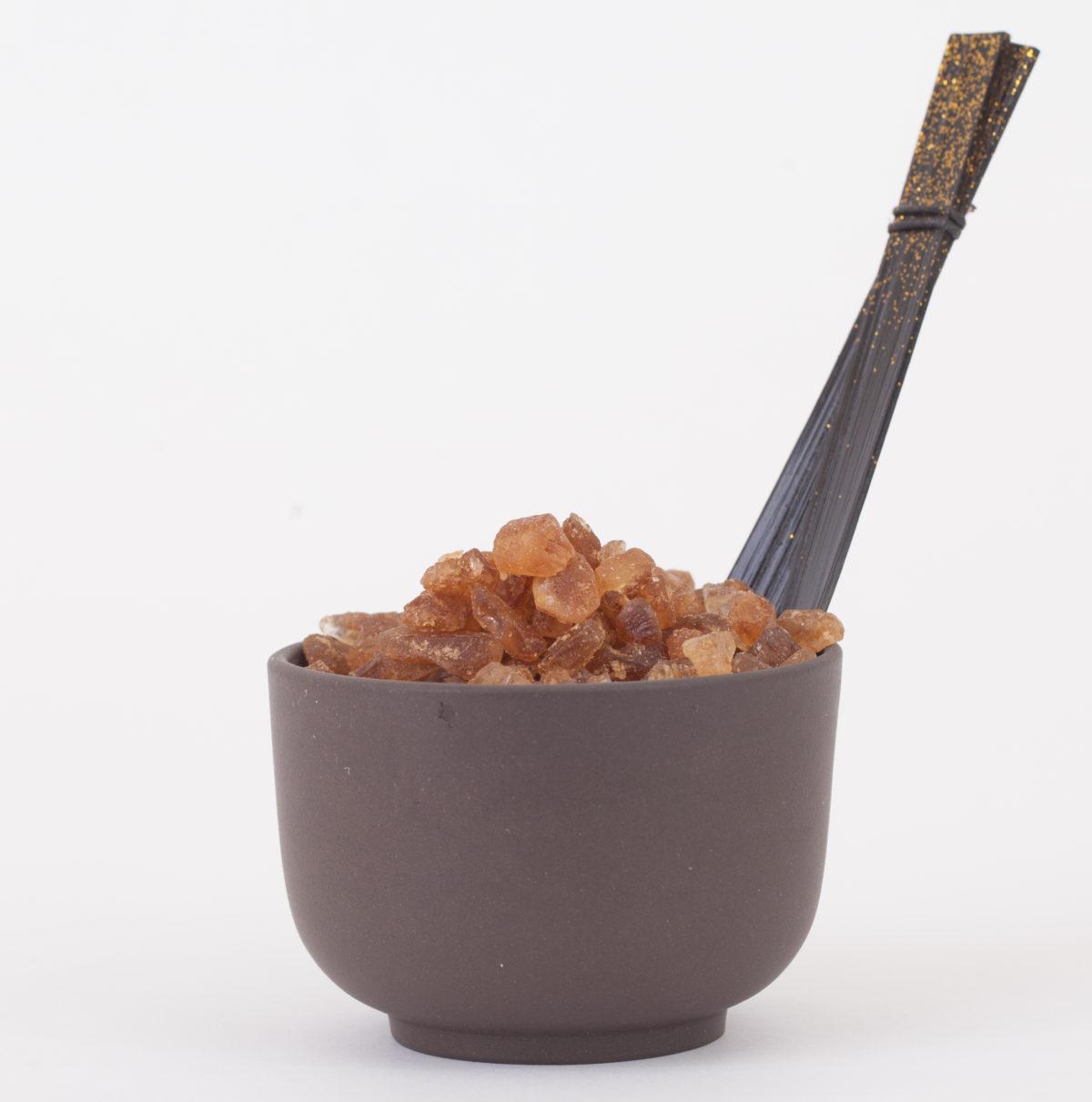 amber rock sugar tin