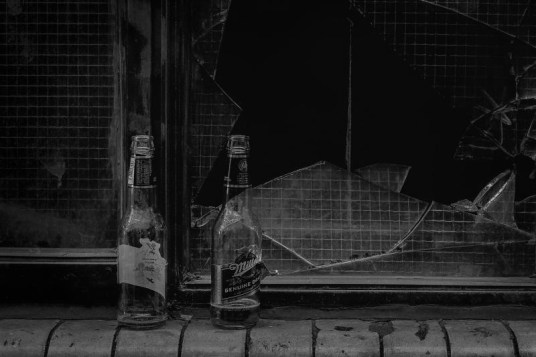 Flaschen alt