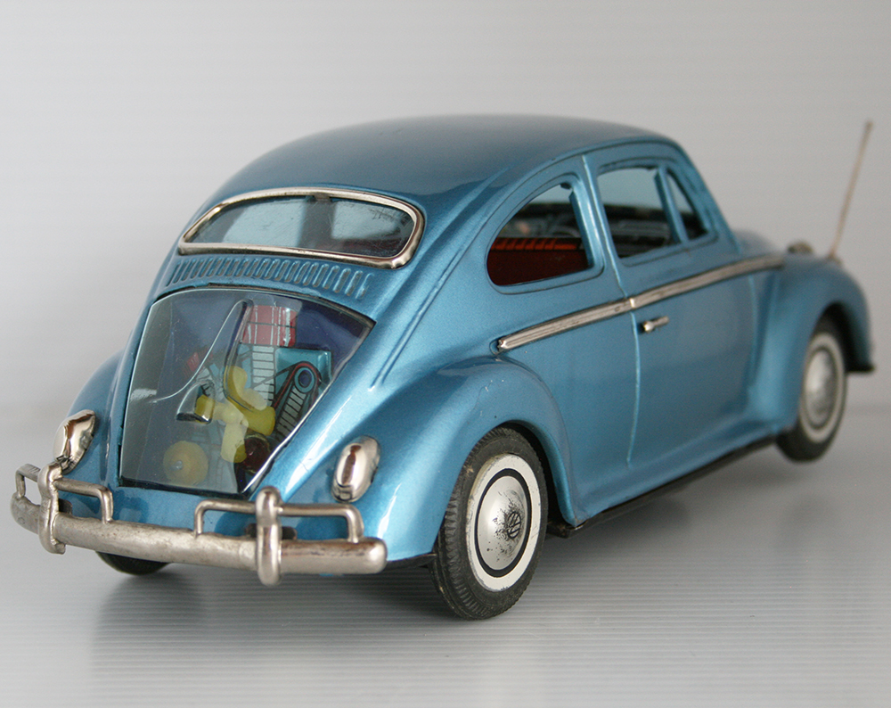 hight resolution of volkswagen beetle first generation in box bandai